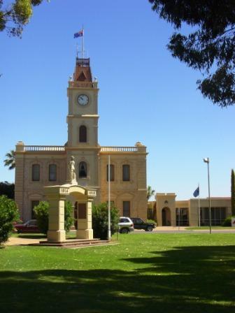 KWT Town Hall
